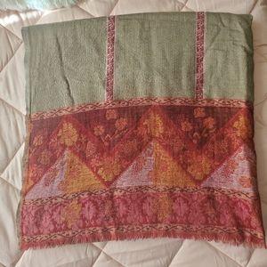 Petrusse Isabelle de Borchgrave wool scarf wrap